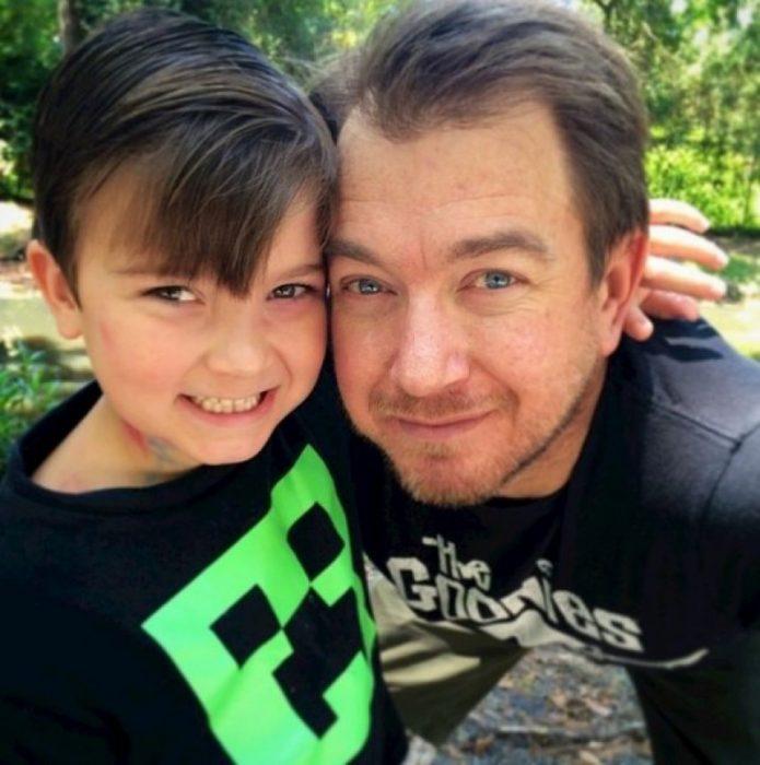 Sam el Niño Exitoso y su padre
