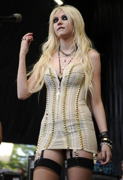 Taylor Momsen quien interpretaba a Cindy Lou