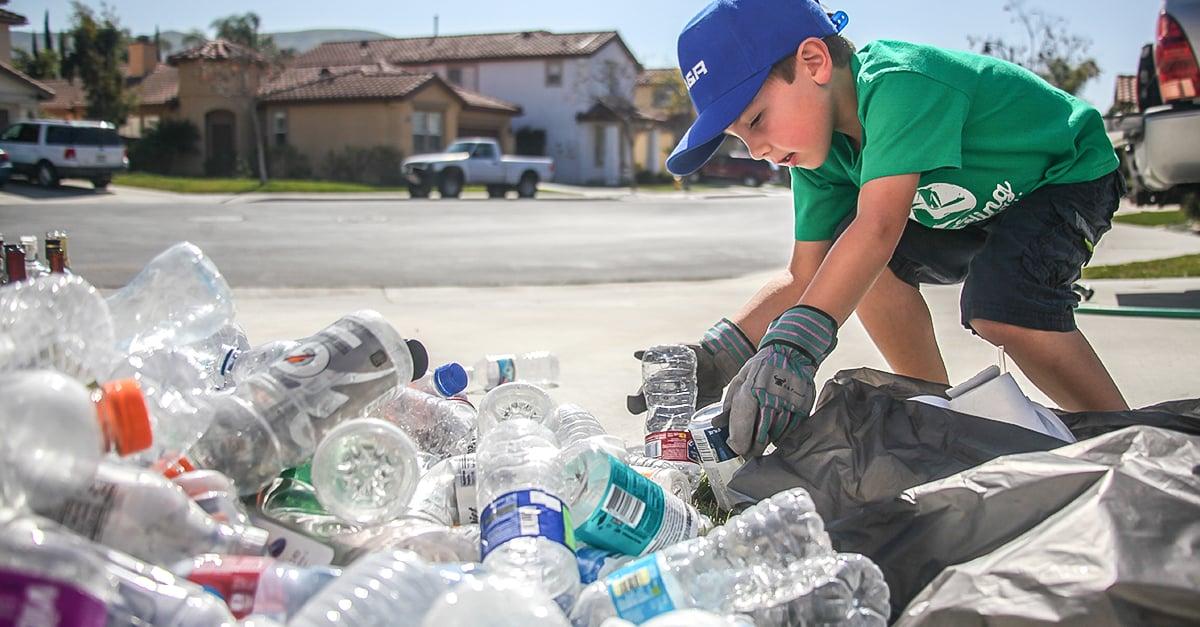 Resultado de imagen para Ryan recicla latas