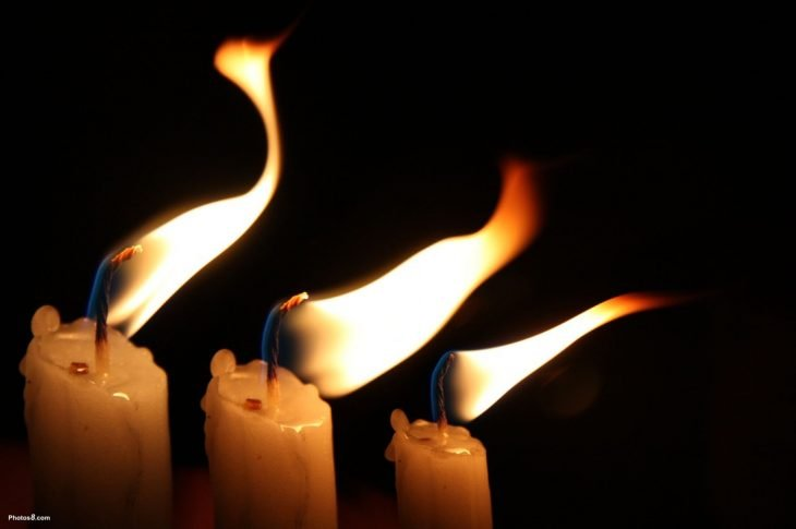 Multi-wick candles