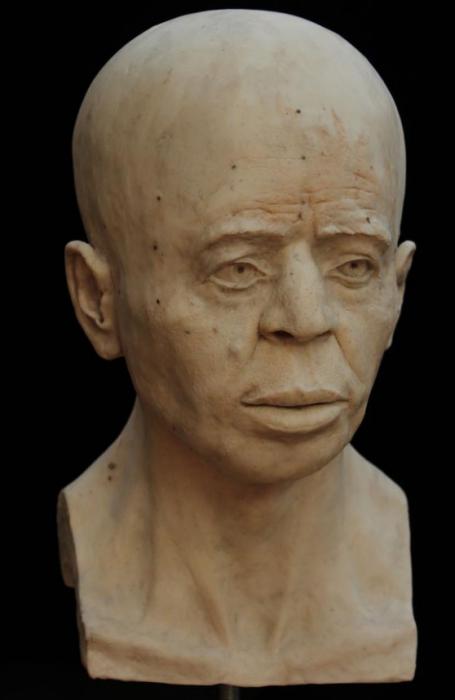 cara hombre 9 mil años