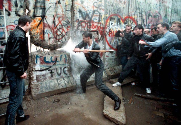 Derribando el Muro de Berlín