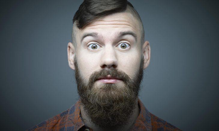 Hombre hipster con barba