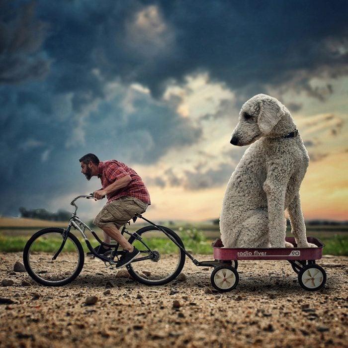 Juji y Cline en bici
