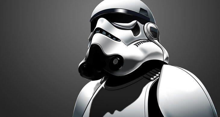 Stormtrooper mirando hacia arriba
