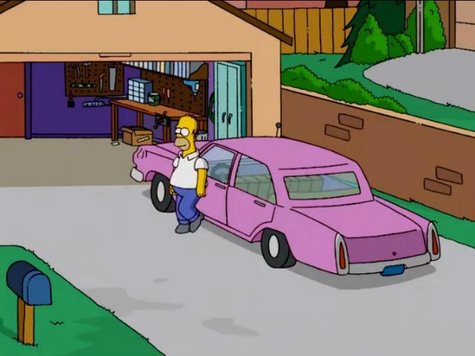 Homero Simpson saliendo de su coche