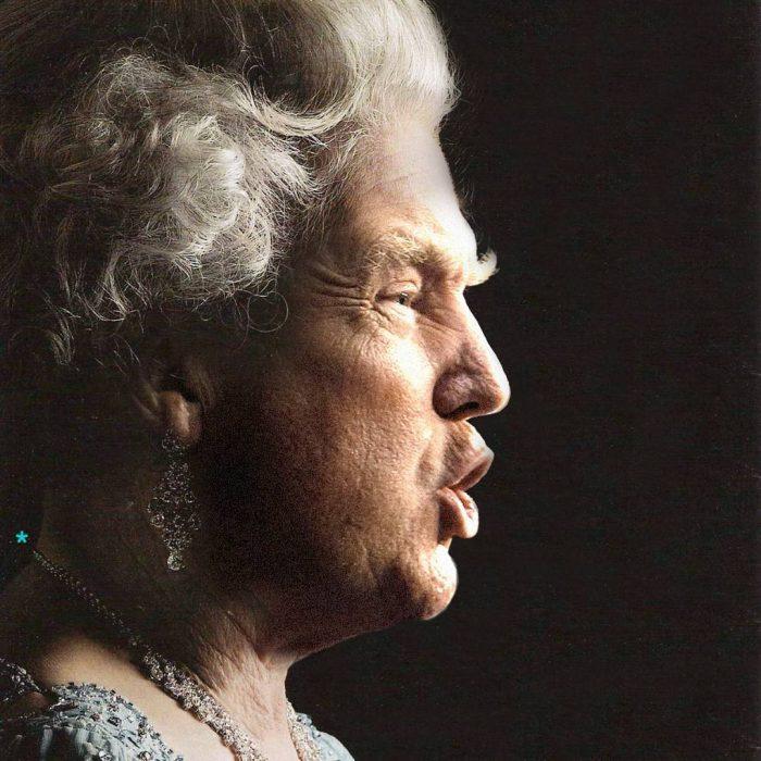 Trum y la reina Isabel de frente