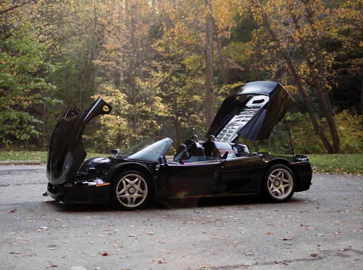 Ferrari F50 puertas abiertas