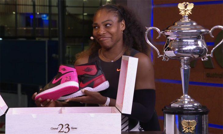 Serena con tenis Jordan