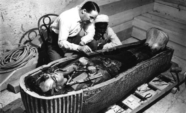 En la tumba de Tutankamón