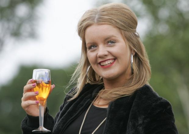 Jane Park euromillion foto champagne