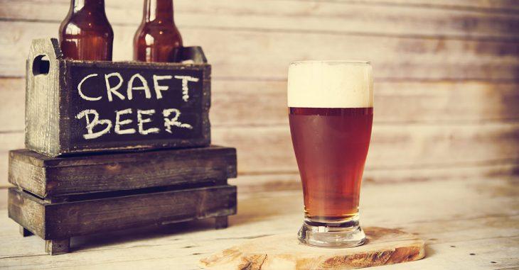 Cerveza artesanal en vaso