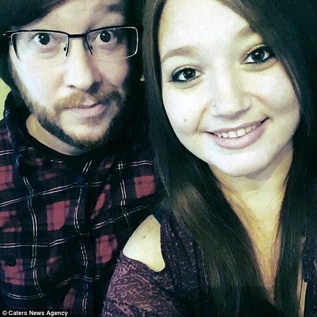 Lexi y Danny selfie amor