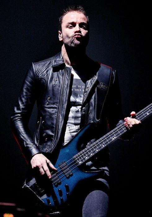 bajista Muse