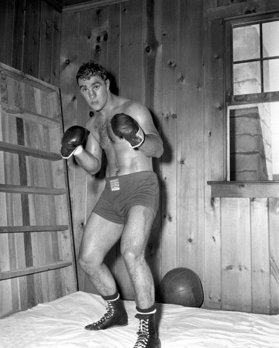 Rocky postura peso