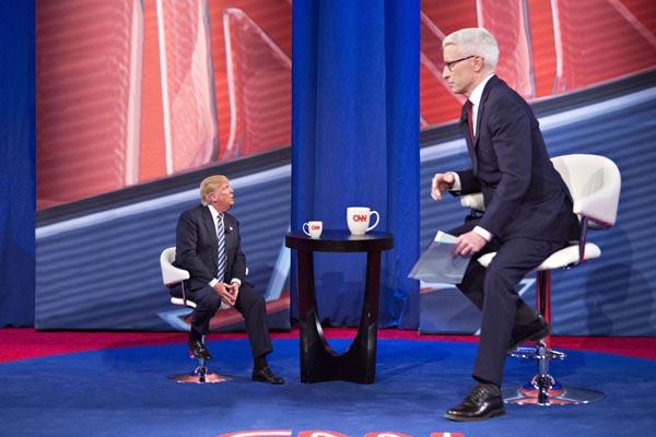Tiny Trumps Talk Show