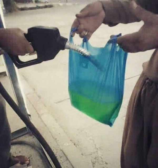 Gasolina en bolsa