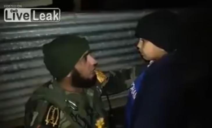 soldado niño bomba