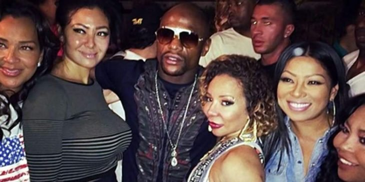 Mayweather con mujeres