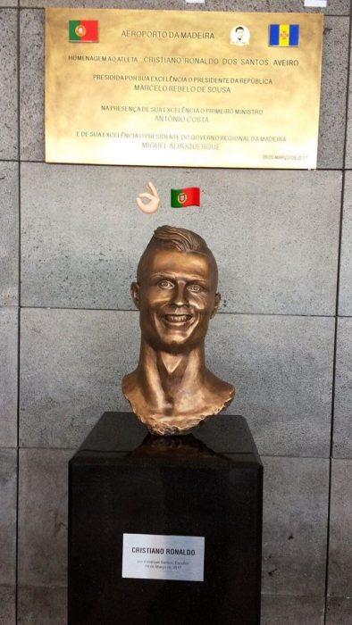 estatua ronaldo