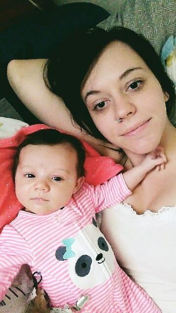 Mujer con su hija