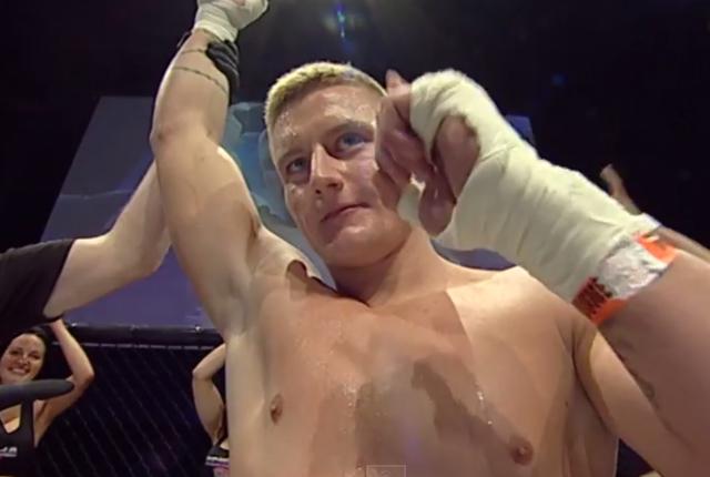 Mike Garret, peleador de MMA