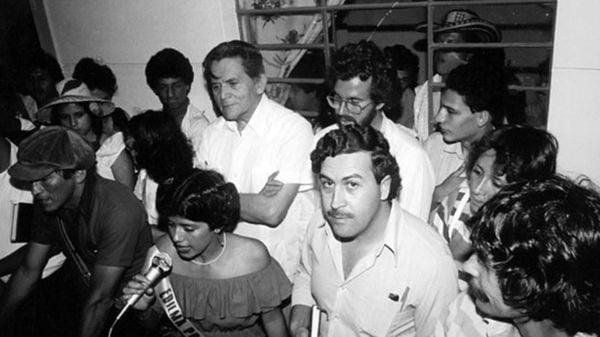 Pablo Escobar en concurso de belleza
