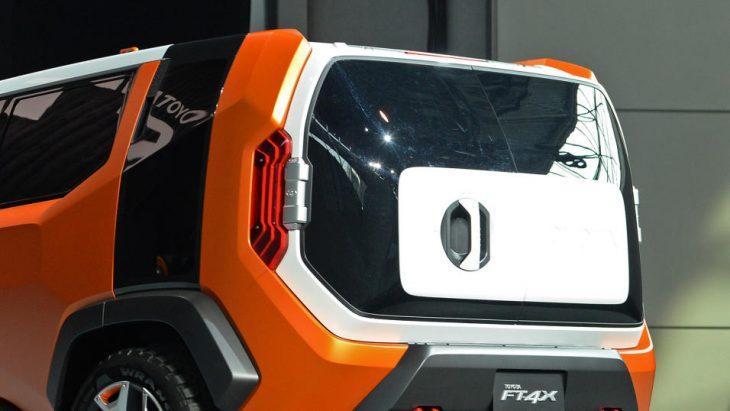 Toyota FT-4X Concept revez