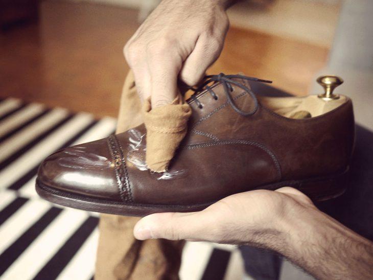 sácale brillo a tus zapatos 3