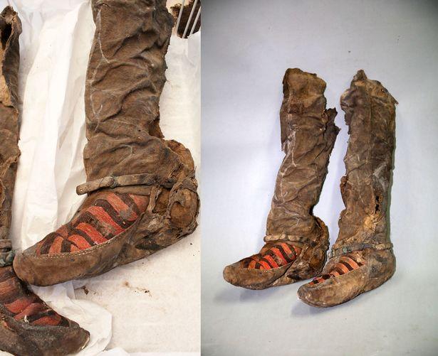 Estas botas con la marca Adidas no han podido ser explicadas