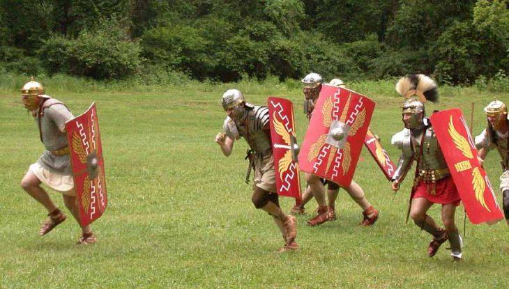 romanos corriendo