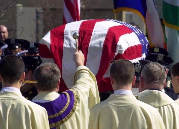Hija de Policía fallecido en 9/11