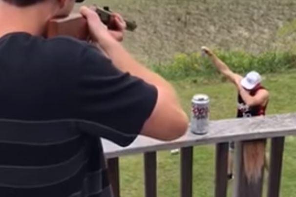 Dispara a cerveza en mano