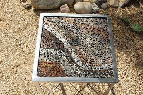 Arte con cadenas recicladas