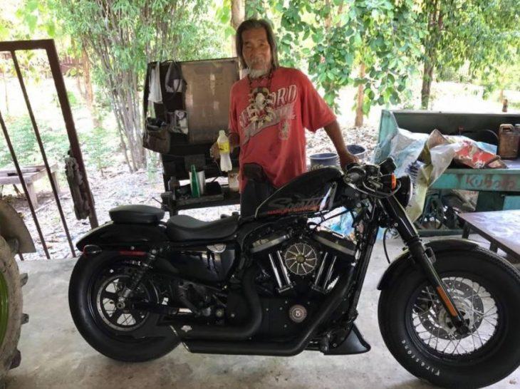 anciano tailandes