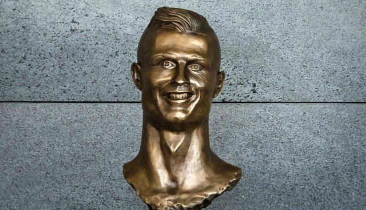 cristiano estatua