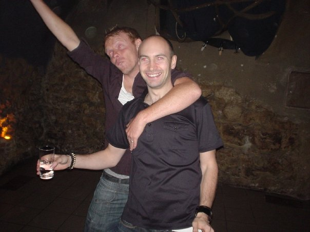 Matthew Hogg siempre borracho