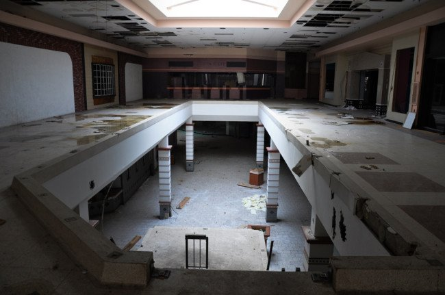 centros abandonados en estados unidos 5