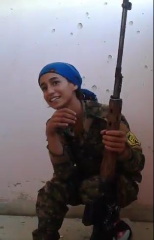francotiradora kurda