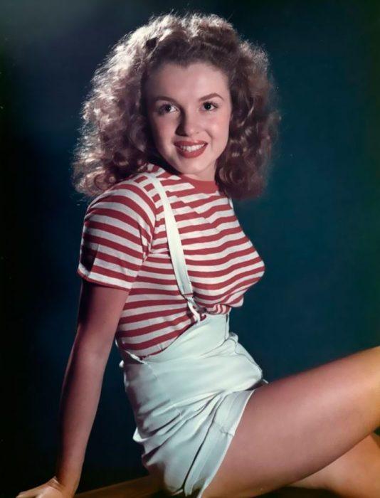 Fotos que muestran la vida de Marilyn Monroe antes de ser famosa 17