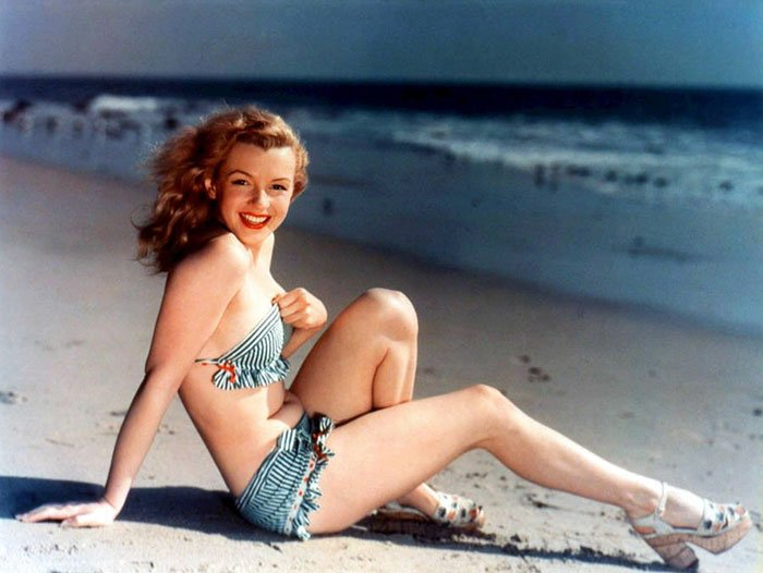 Fotos que muestran la vida de Marilyn Monroe antes de ser famosa 26