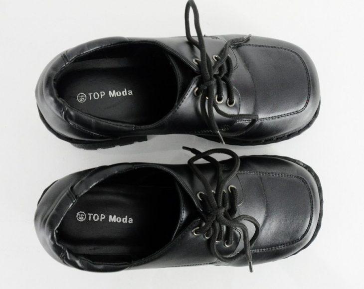 zpatos cuadrados