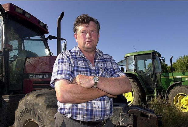 Derek Mead muere tras un accidente de tractor