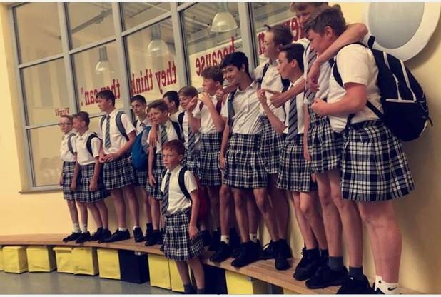 estudiantes faldas