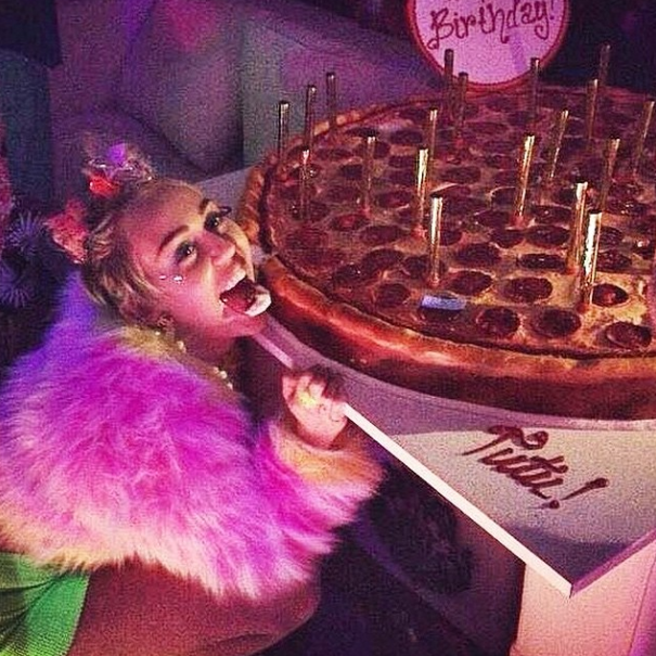 miley cyrus pizzagate