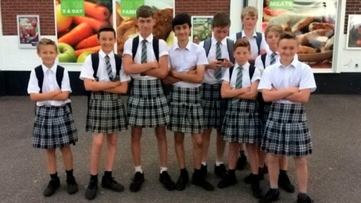 faldas estudiantes