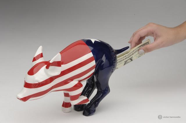 cerdo capitalista ahorrar