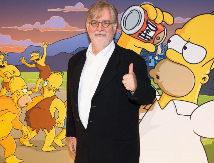 Matt Groening saluda