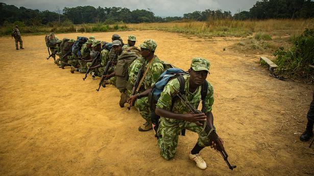 gabon soldados