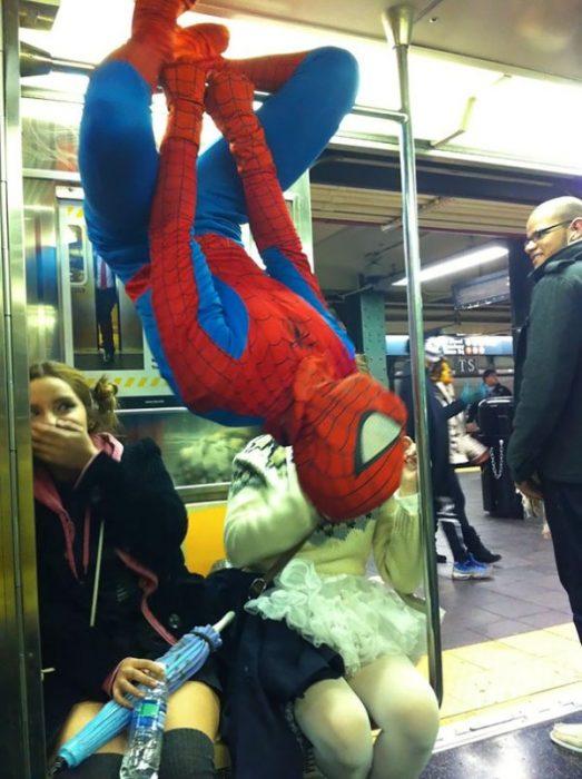 Fotos curiosas en el Metro